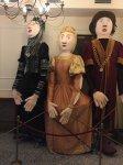 Trzymetrowe lalki na Rynku