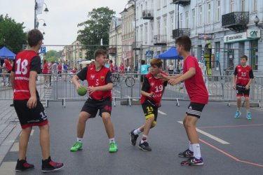 Na Słowackiego grali w ręczną
