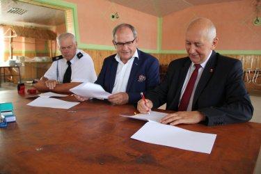 Druhowie z OSP Rękoraj otrzymali dotację z Urzędu Marszałkowskiego