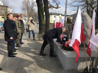 Złożyli kwiaty ku czci żołnierzy wyklętych