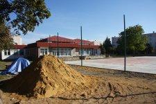 Buduj± boisko przy SP nr 2