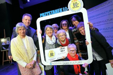 W Łódzkim Domu Kultury świętowano pierwszy rok projektu Przystanek 60+