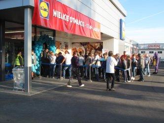 Zobacz otwarcie nowego marketu w Piotrkowie!