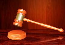 Wciel± siê w rolê prawników podczas rozprawy w s±dzie