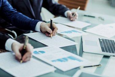 Dopełnienia jakich formalności wymagają firmy pozabankowe?