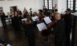 Muzyka z XVII i XVIII rozbrzmiewa³a w Piotrkowie