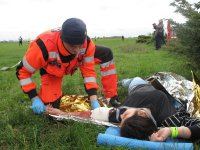 Atak terrorystyczny, awaryjne l±dowanie i ratowanie rannych na lotnisku w Piotrkowie