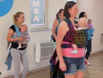 Taniec w chuście dla aktywnych mam