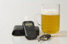 Pijany kierowca uciekał przed policją... pieszo
