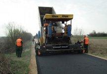 Nowy asfalt w Bujnach