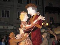 Trzymetrowa królowa Bona w Rynku Trybunalskim