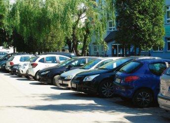 Parkowanie w Piotrkowie coraz większym problemem