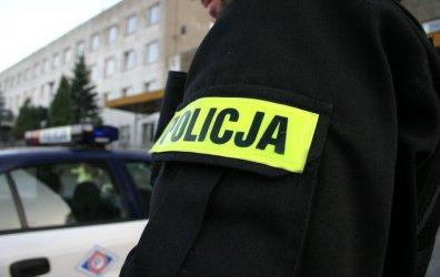 Kradzież w markecie przy ul. Wolborskiej. Sprawcy poturbowali ochroniarza