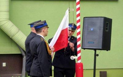 Strażacy uczcili Dzień Flagi Rzeczpospolitej Polskiej