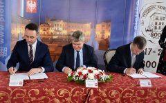 Umowa dofinansowania rewitalizacji Podzamcza podpisana