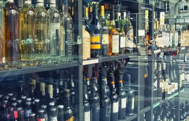 Uwaga piotrkowianie! Od czwartku nie kupicie alkoholu po 23.00 w sklepach i na stacjach paliw