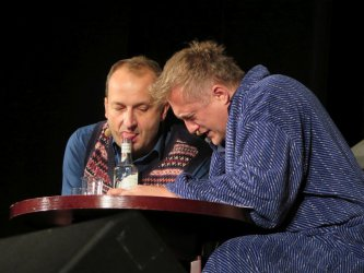 Kabaret Moralnego Niepokoju w niewyobrażalnie śmiesznym spektaklu