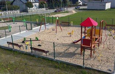 Wola Krzysztoporska: Jest dofinansowanie na kolejne place zabaw i siłownie