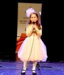 Julia Kowalska reprezentantk± Piotrkowa na Miêdzynarodowym Festiwalu Kolêd i Pastora³ek