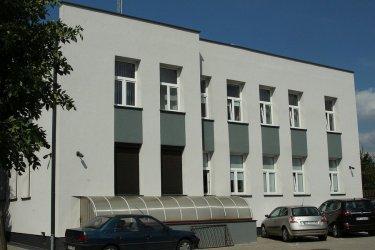 Dom Ludowy w Kacprowie i budynek Urzędu Gminy już po remoncie