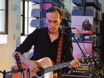 Z Johnem Porterem o muzyce i Piotrkowie