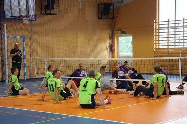 W siatkówkę można grać także na siedząco [WYNIKI]