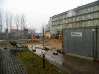 Nowy szpitalny budynek ro¶nie w oczach