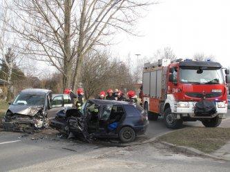 Zderzenie dwóch aut na ul. Glinianej