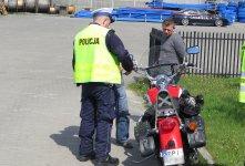 St³uczka na £ódzkiej: motocyklista zderzy³ siê z citroenem