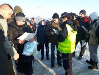 Kontrole na targowisku w Gorzkowicach