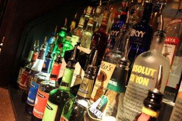 Od piątku samorządy mogą ograniczać sprzedaż alkoholu