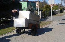 Ukradli zbiorniki do przechowywania paliwa