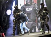 Policjanci z Piotrkowa na modowym wybiegu