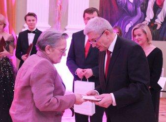 Krystyna Wieczorek nagrodzona w Warszawie