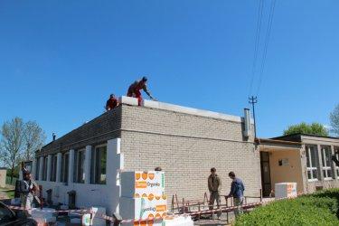 Ocieplą dach, wymienią rynny
