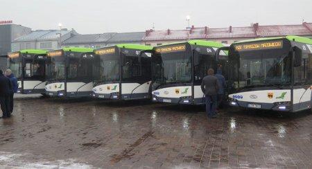 Nowe hybrydowe autobusy na ulicach...