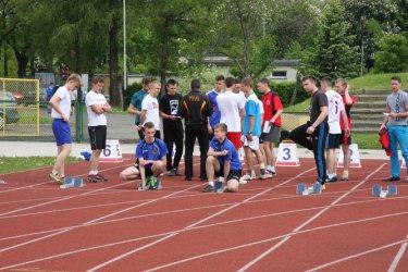 Lekka atletyka na miejskim stadionie
