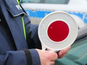 Fałszywy policjant zatrzymywał kierowców