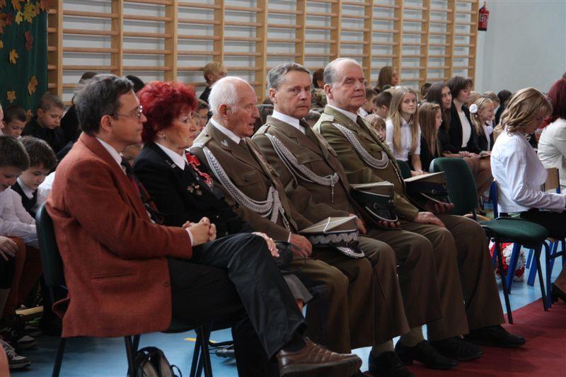 http://www.epiotrkow.pl/multimedia/foto/ab815dbbf5d9363dbdc4d62c84450c61.jpg