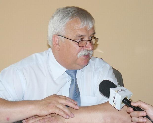"""Po latach udało się odzyskać teren """"Polanki"""". Chciałbym mieć możłiwość, by zagospodarować ten teren - mówi Stanisław Baryła, burmistrz Sulejowa. - 8af6ea7525e28587feb394420fb3f91f"""