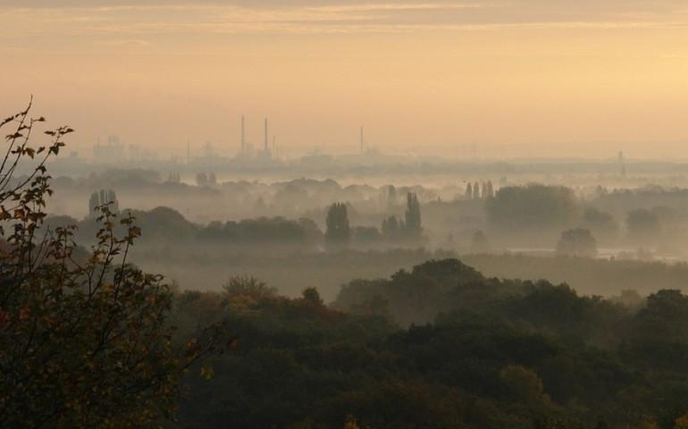 Smog w Piotrkowie. 9-krotne przekroczone normy [AKTUALIZACJA]