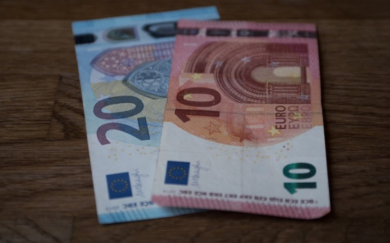 Ile możesz zaoszczędzić, porównując oferty pożyczek