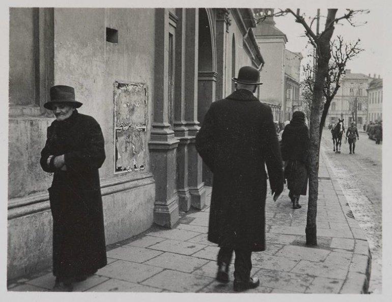 Getto w Piotrkowie Trybunalskim Autor nieznany. Na odwrocie widnieje data 12.05.1941