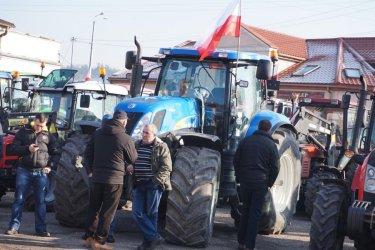 Rolnicy dotarli do Piotrkowa