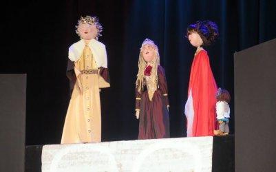 Ferie z MOK: dzieciaki obejrzały kolejny spektakl