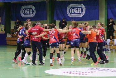 Sensacyjne zwycięstwo Piotrcovii nad mistrzyniami Polski (GALERIA)