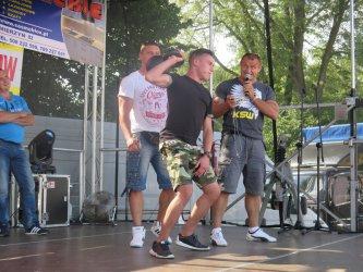 """""""Pudzian"""" rozruszał publiczność w Mierzynie"""