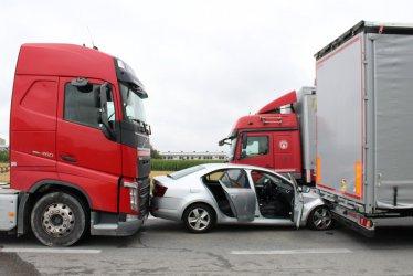 Cztery samochody zderzyły się w Rękoraju