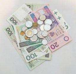 Piotrków Trybunalski wśród miast z najniższymi wynagrodzeniami