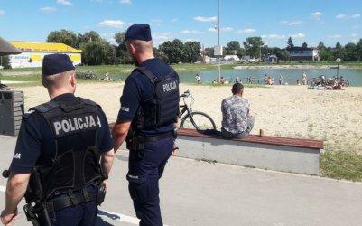 Utonęły tam już 3 osoby. Policja ostrzegała plażowiczów